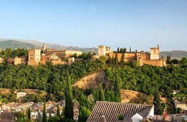 Alquiler de autobuses para excursiones en Sevilla